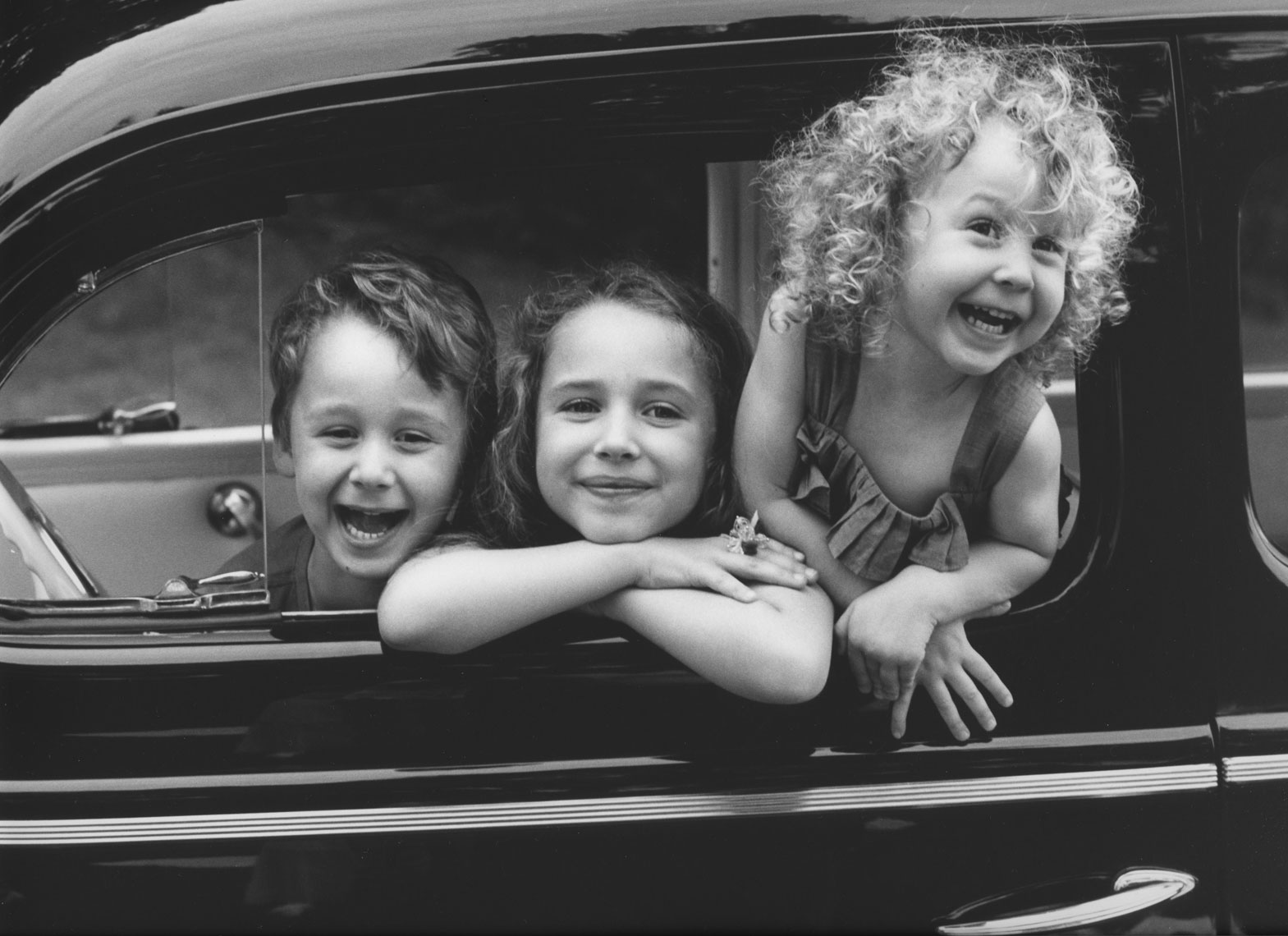 039-Laura-kids-in-car-fibe161